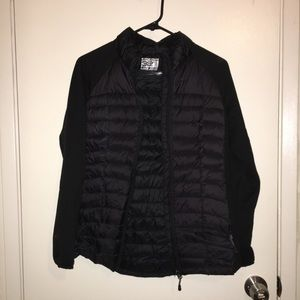 32 degrees weather black puffy jacket size small